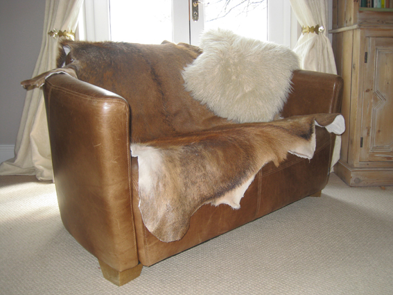 Amazing We Now Have Deer Hide Rugs For Sale, Perfect As Floor Rugs Or Draped Over A  Chair Or Sofa! Contact Us For Details.